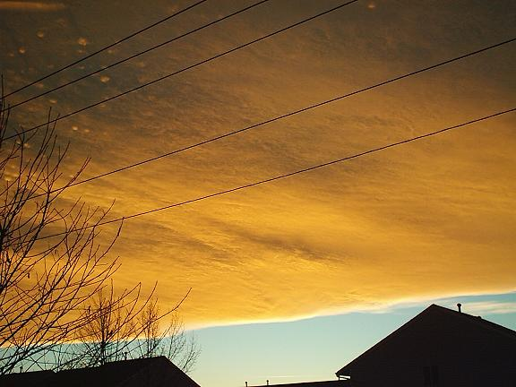 Chinook Arch over Calgary